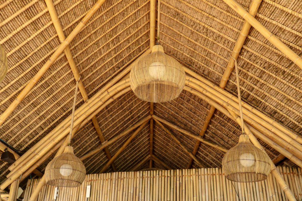 lampa drewniana wisząca